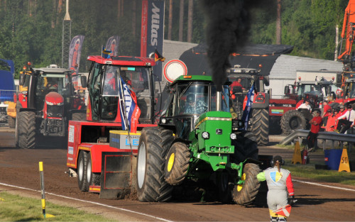 tractor-pulling-2018-pull-3